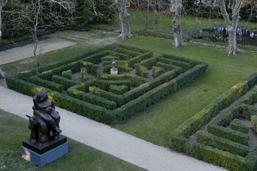 Sculpture et labyrinthe